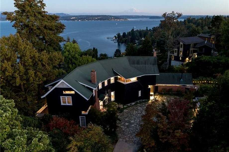 Stunning home, stunning view, stunning price: this Washington Park architectural gem asks $15M Photo:  Amaryllis Lockhart- Clarity Northwest