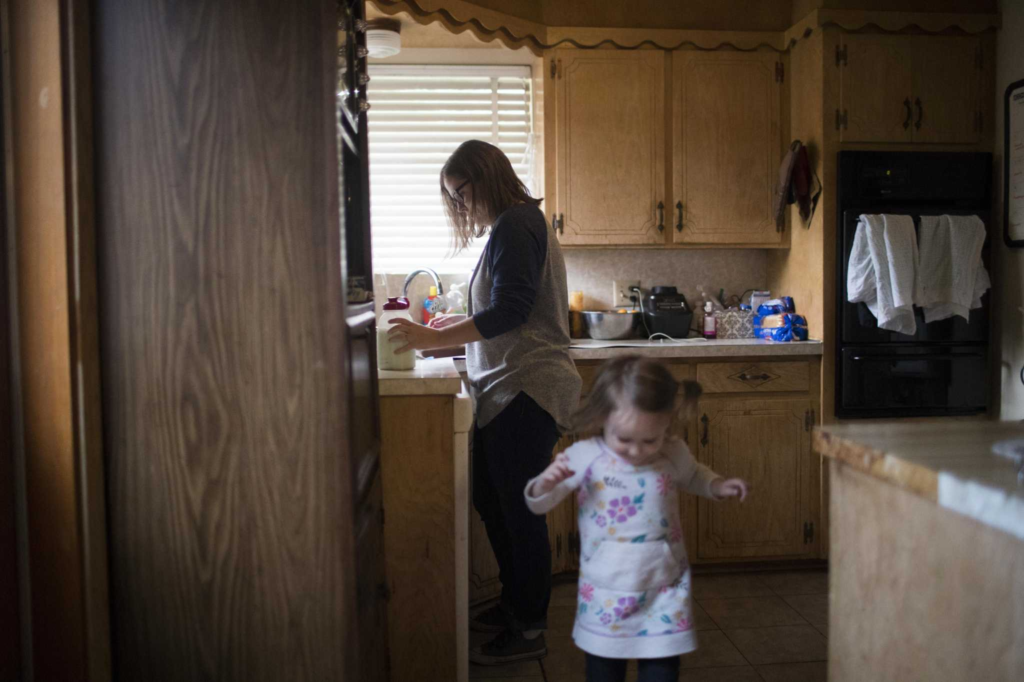Texas leads nation in uninsured kids as gains slip away