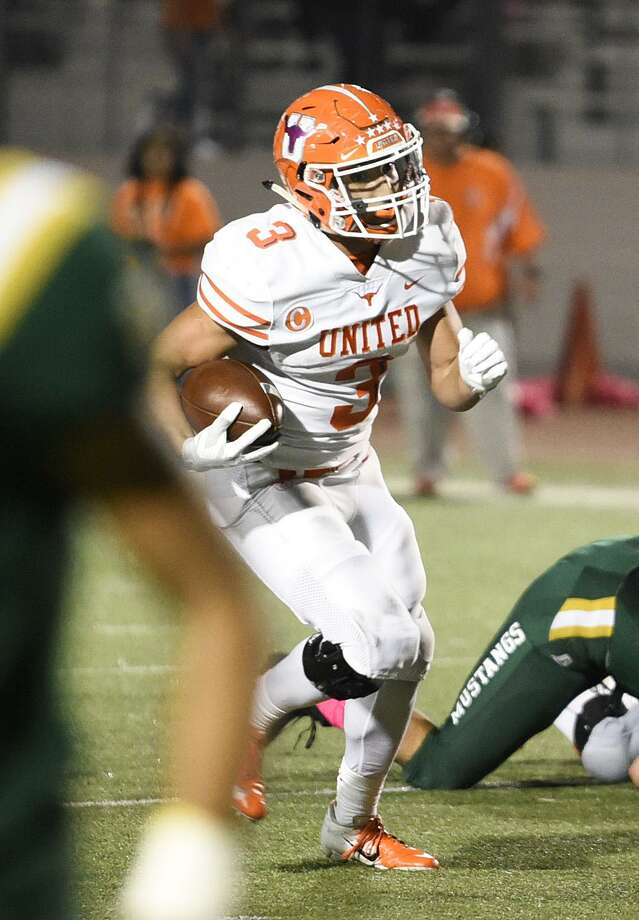 United's Jerry Gonzalez rushed for 1,865 yards and 19 touchdowns and had 226 receiving yards and two scores on his way to being named the District 29-6A Offensive MVP. Photo: Danny Zaragoza /Laredo Morning Times File / Laredo Morning Times