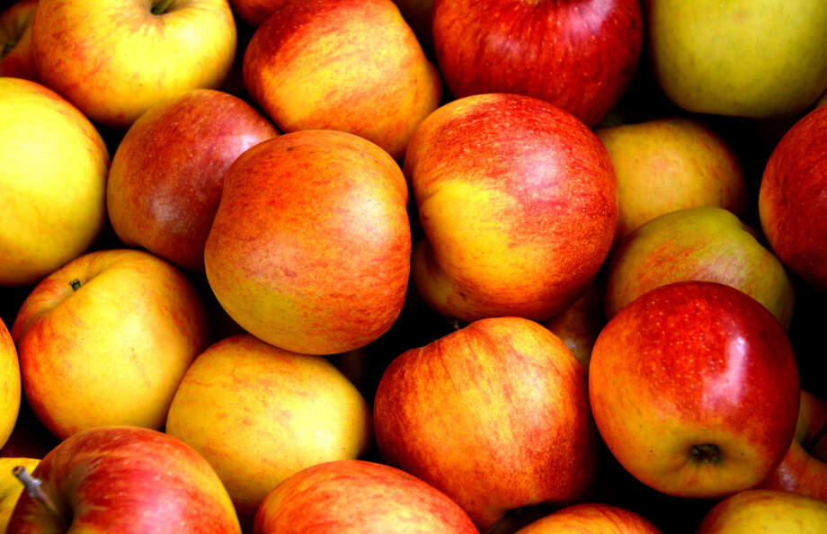 File photo of apples.  Keep clicking for essential Washington food experiences... Photo: Markus Laeng / EyeEm / Getty Images