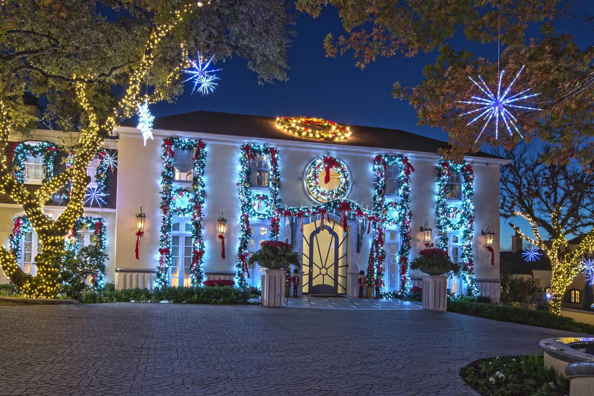 christmas decor a peek inside san antonios most lavishly decorated homes expressnewscom