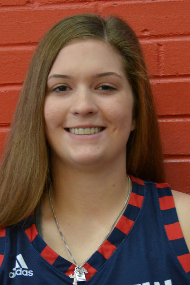 Plainview Lady Bulldog Kylie Bennett had 16 points during the Levelland Tournament Photo: Alexis Cubit/Plainview Herald