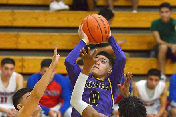 Osvaldo Garza led LBJ with 22 points in both its wins Thursday as the Wolves advanced to the Platinum Bracket at the Hidalgo Pirate Classic.