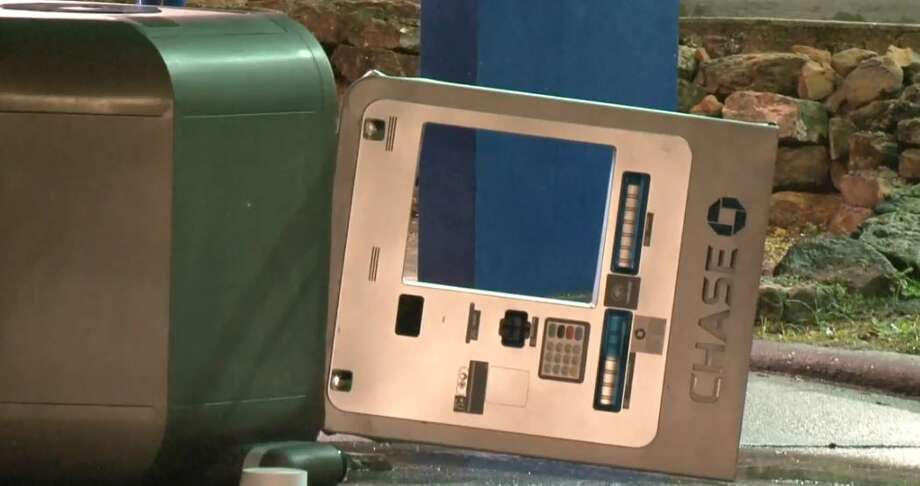 An ATM theft occurred on West Lake Houston Parkway and Kingwood Drive on Friday, Nov. 30, 2018. Photo: Metro Video