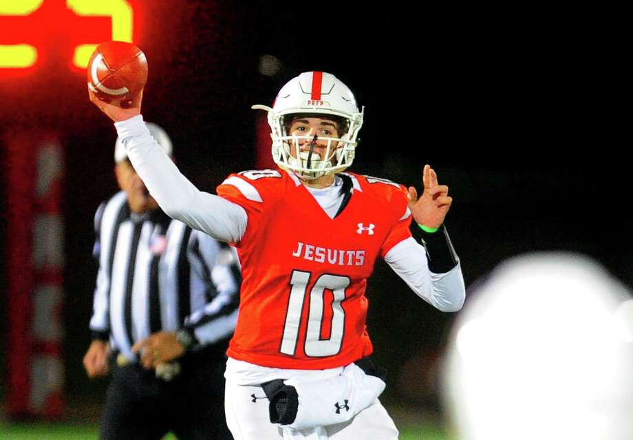 Fairfield Prep QB John Iaropoli throws a pass during football action against North Haven in Fairfield, Conn., on Saturday Nov. 10, 2018. Photo: Christian Abraham / Hearst Connecticut Media / Connecticut Post