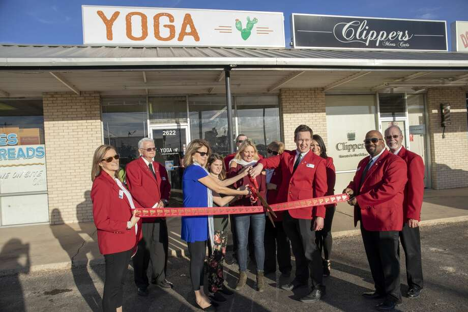 Roming Yoga had a ribbon-cutting ceremony Thursday. Photo: Jacy Lewis/191 News