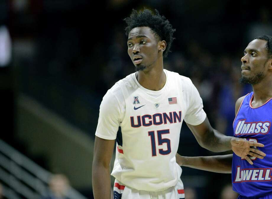UConn's Sidney Wilson plays in his first game as a Husky against UMass-Lowell on Tuesday. Photo: Stephen Dunn / Associated Press / Copyright 2018 The Associated Press. All rights reserved
