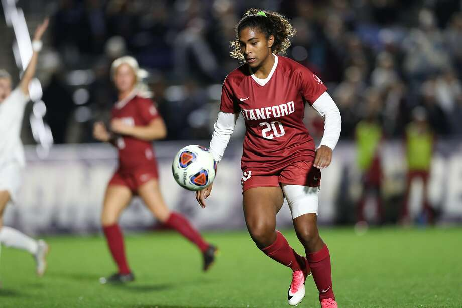 Forward Catarina Macario, Stanford's leading scorer this season, and the Cardinal couldn't score against Florida State. Photo: Courtesy Andy Mead. Andy@ycjphoto.com / Andy Mead