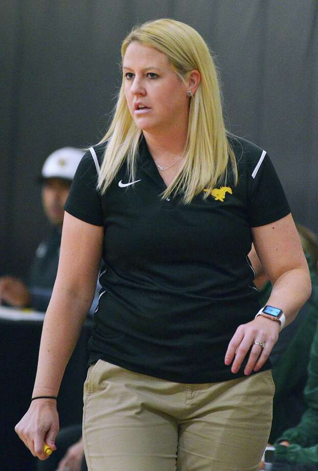 Nixon head girls' basketball coach LeaAnn Mendoza was one of several local coaches asked to provide their thoughts on if the coronavirus pandemic will have long-term effects on high school athletics. Photo: Cuate Santos /Laredo Morning Times File / Laredo Morning Times