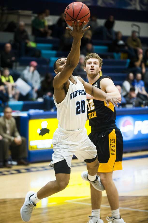 Northwood's Ja'Kevien Lewis takes a shot during a game against Michigan Tech on Saturday, Dec. 1, 2018 at Northwood University. (Katy Kildee/kkildee@mdn.net) Photo: (Katy Kildee/kkildee@mdn.net)