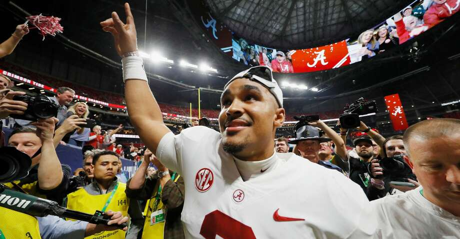 Jalen Hurts helped Alabama win the SEC championship in December after coming off the bench to lead a pair of scoring drives. Now, he's headed to Oklahoma. Photo: Kevin C. Cox/Getty Images