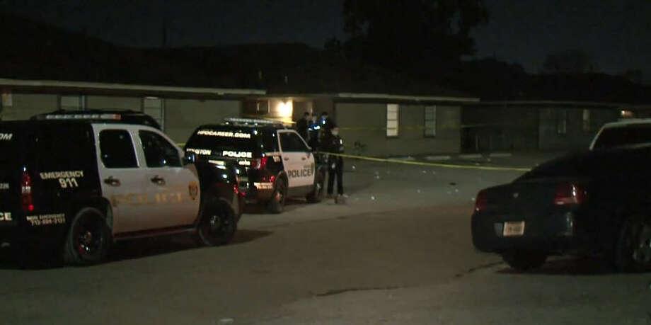 A man was shot to death Saturday night near Faulkner and Scott. Photo: Metro Video