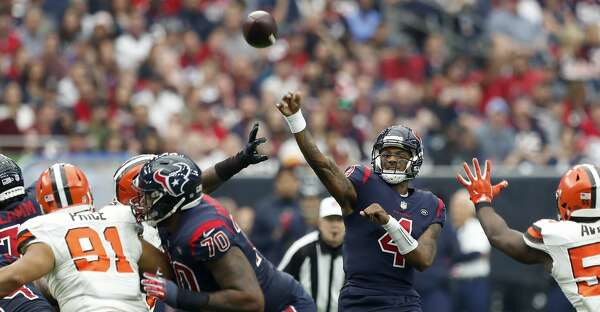 Houston Texans quarterback Deshaun Watson (4) passes the ball against the  Cleveland Browns during the second quarter of an NFL football game at NRG  Stadium ... cb6066edac656