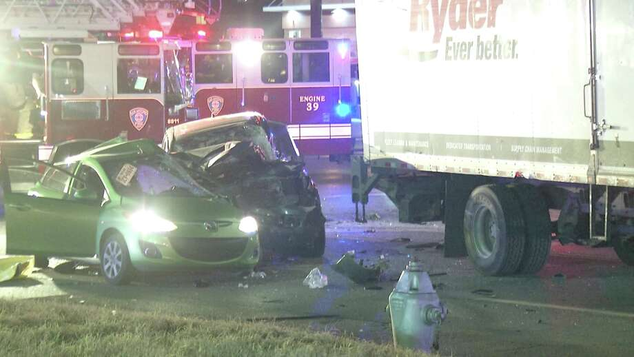 A driver in a Toyota truck smashed into the back of the victim's sedan at about 10:15 p.m. at the intersection of Perrin Beitel Road and Naco Perrin Boulevard. The impact pushed the woman's vehicle into the intersection, where a box truck driver collided with her vehicle. Photo: Ken Branca