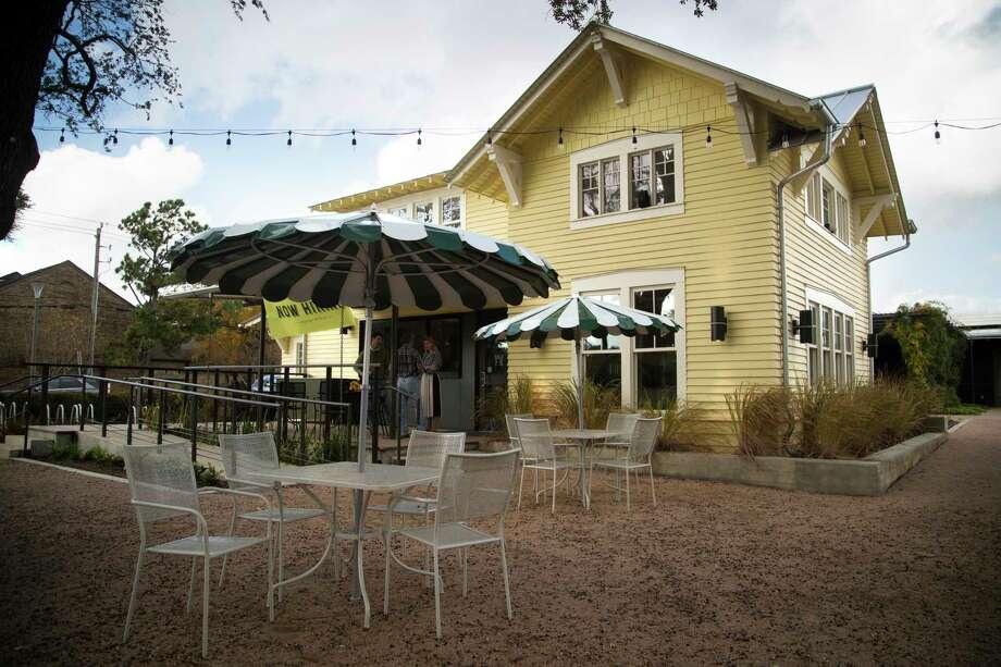 Betsy's at Evelyn's Park. Photo: Marie D. De Jesús, Staff Photographer / © 2018 Houston Chronicle