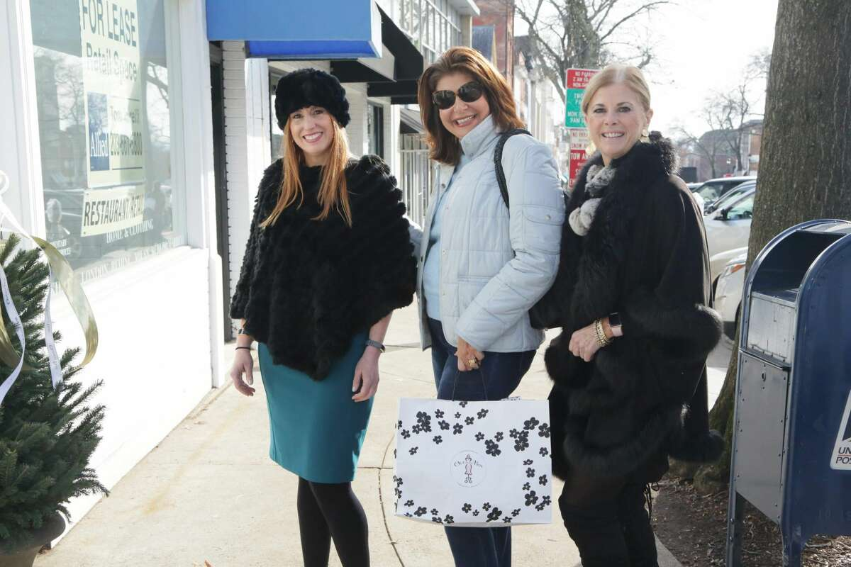 The 10th Annual Greenwich Holiday Stroll Weekend presented by Whole Foods Market was held in downtown Greenwich on December 1-2, 2018. Were you SEEN?