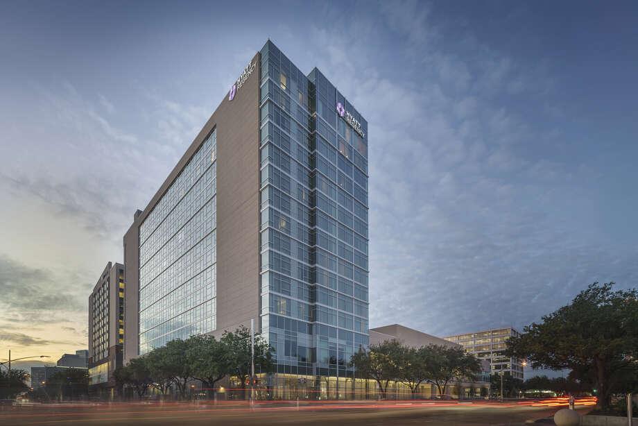 Hyatt Regency Houston Galleria, a 325-key hotel in the Uptown area, opened in 2015. Photo: JLL