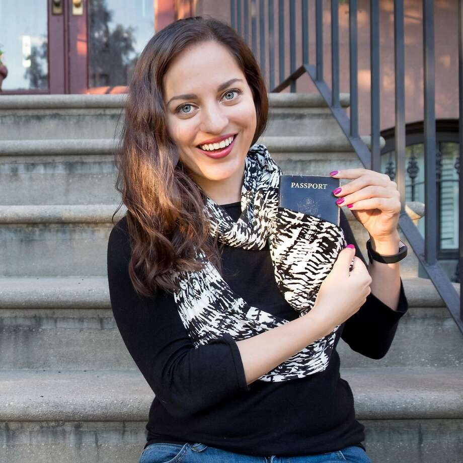 Writer Kate McCulley demonstrates theSpeakeasy Travel Scarf Photo: Kate McCulley