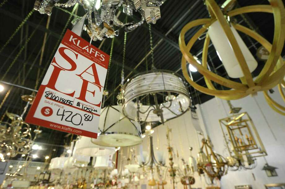 Last Call In December For Norwalk Retailer S Wares The Hour