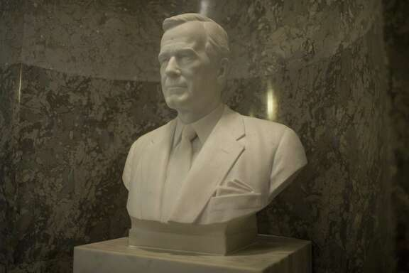 WASHINGTON, DC - DECEMBER 03: A bust of former U.S. President George H.W. Bush is pictured at the U.S. Capitol Building on December 3, 2018 in Washington, DC. A WWII combat veteran, Bush served as a member of Congress from Texas, ambassador to the United Nations, director of the CIA, vice president and 41st president of the United States. A state funeral for Bush will be held in Washington over the next three days, beginning with him lying in state in the U.S. Capitol Rotunda until Wednesday morning. (Photo by Zach Gibson/Getty Images)
