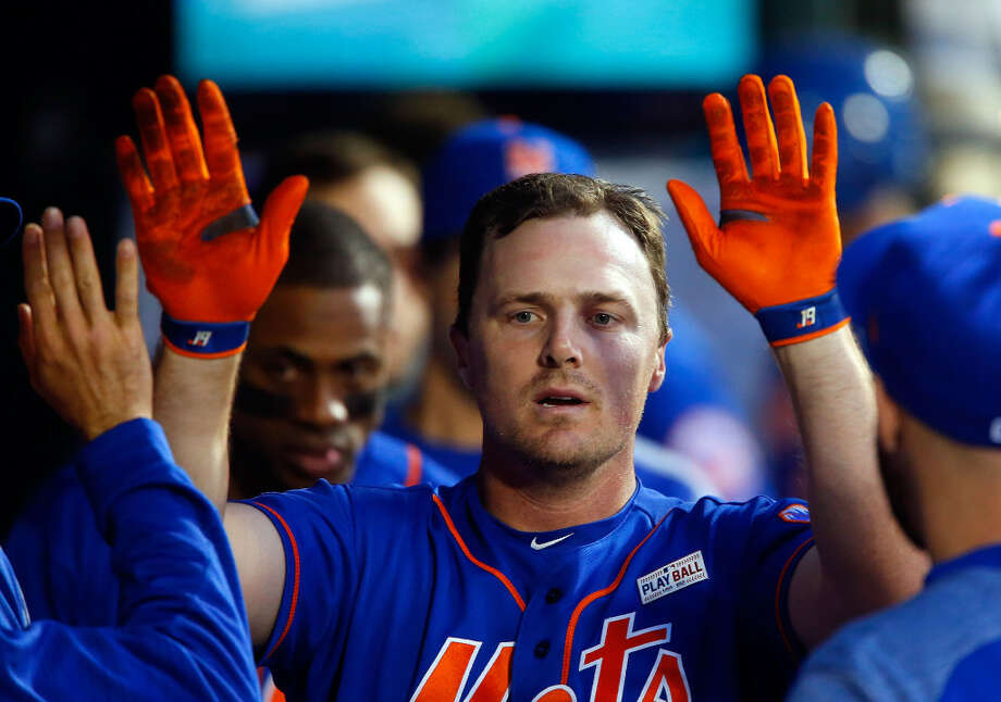 NEW YORK, NY - JUNE 03: Jay Bruce #19 of the New York Mets celebrates his third inning home run against the Pittsburgh Pirates in the dugout with his teammates at Citi Field on June 3, 2017 in the Flushing neighborhood of the Queens borough of New York City. (Photo by Jim McIsaac/Getty Images) Photo: Getty Images