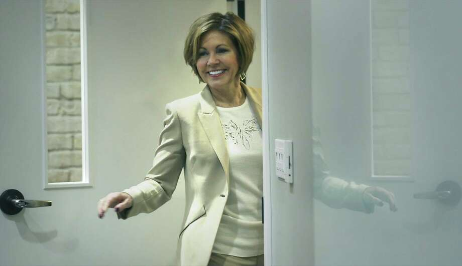 San Antonio City Manager Sheryl Sculley announces her resignation on Thursday. A reader suggests she's not really leaving. Photo: Bob Owen /San Antonio Express-News / ©2018 San Antonio Express-News