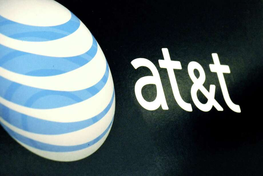 AT&T came out on top in its battle with the Department of Justice over whether it should be able to merge with Time Warner. It also won a California case in which it tangled with the FTC. Photo: Lisa Poole, STF / AP / AP