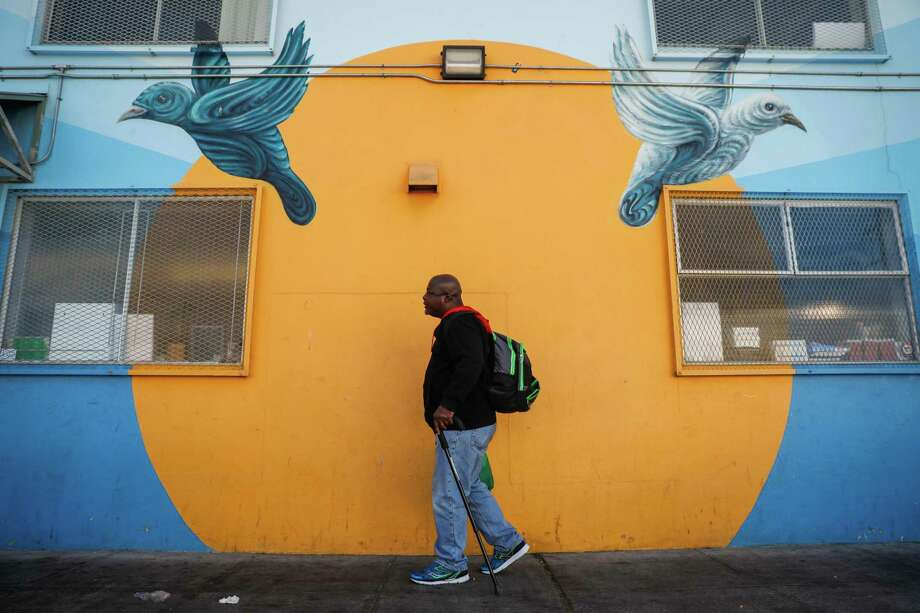 Al Vasser walks by Mother Brown's Dining Room for the homeless in the Bayview neighborhood in San Francisco, California, on Wednesday, Oct. 31, 2018. Photo: Gabrielle Lurie / The Chronicle / ONLINE_YES