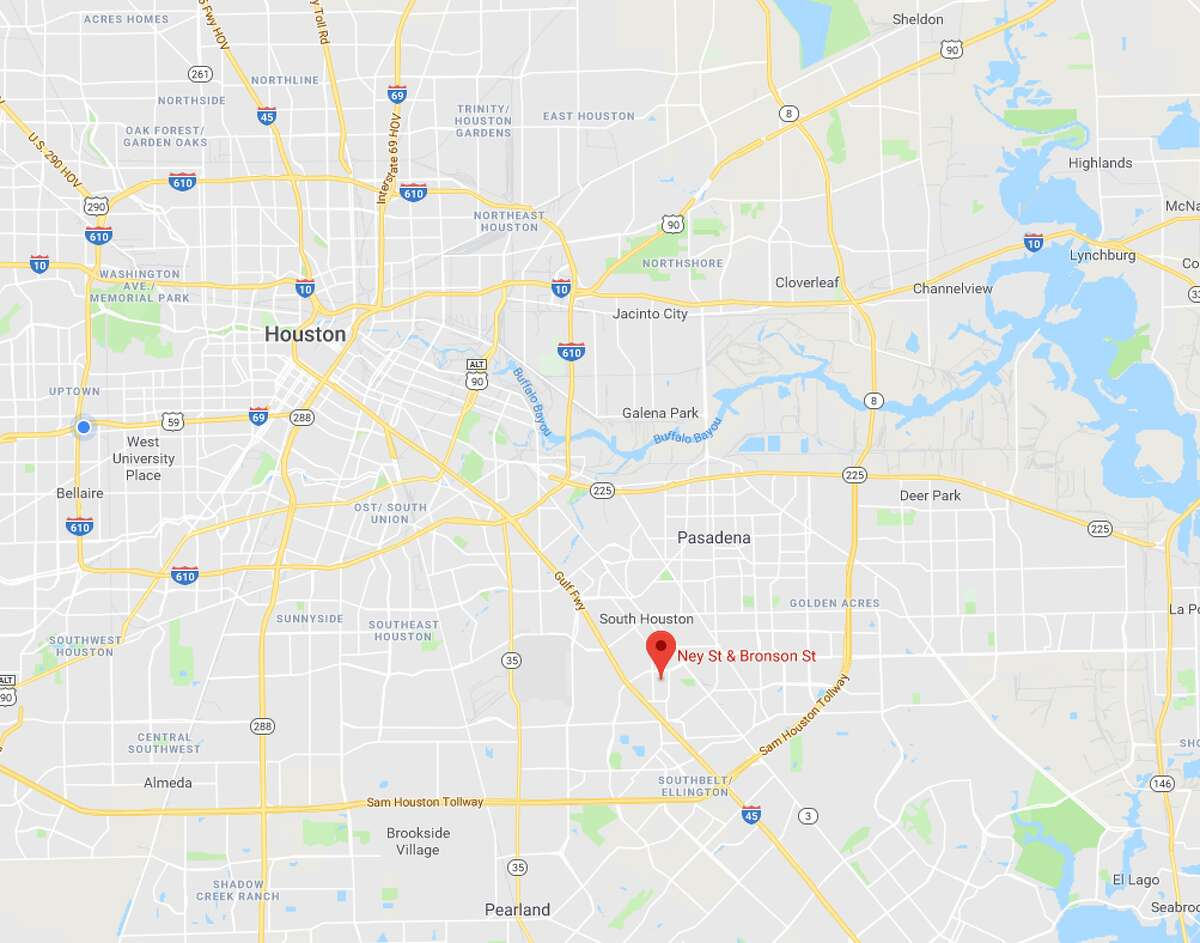 Houston police are trying to find out more information about a woman whose wounded body was found in the street at Ney and Bronson on Tuesday morning with a gunshot wound.