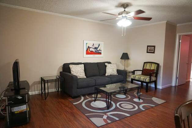 4727 W. Alabama, #111(Afton Oaks / River Oaks Area) First up, check out this 650-square-foot one-bedroom, one-bathroom apartment that's listed for $1,700/month. In the furnished unit, you'll find hardwood flooring, air conditioning, a ceiling fan, a walk-in closet, a breakfast bar and wooden cabinetry. Pet lovers are in luck: cats and dogs are permitted. Photo: Zumper / Hearst Wire Service