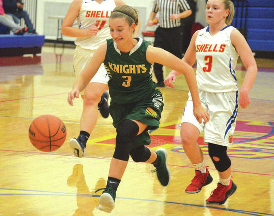 Sami Kasting, shown in action against Roxana, scored a career-high 21 points in the win over Nokomis on Monday.