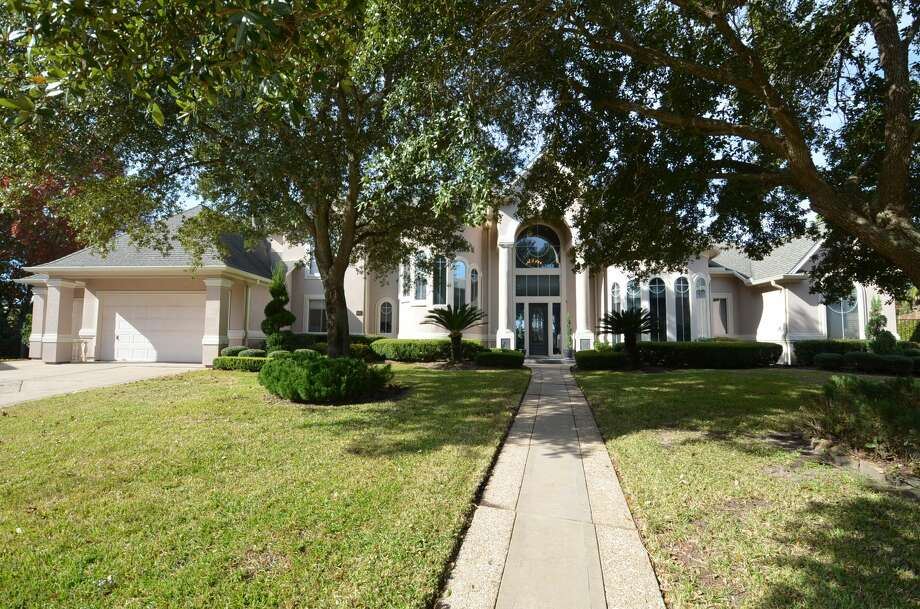 NBA star Charles Barkley's former Sugar Land estate just hit the market.  Photo: Courtesy