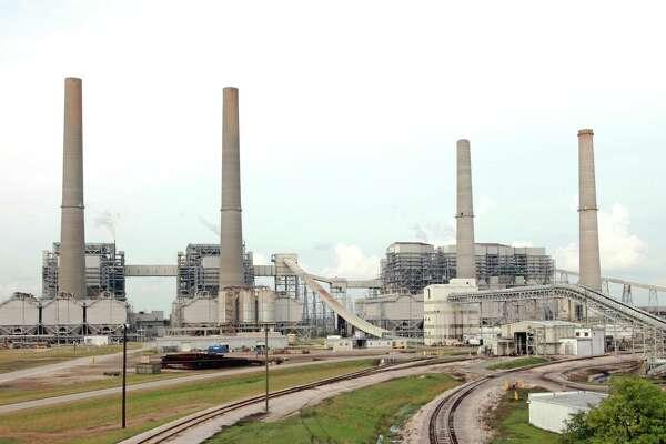 Houston-based NRG Energy reports quarterly loss of $13