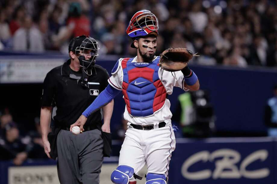 PHOTOS: Houston Astros 2018 salaries  NAGOYA, JAPAN - NOVEMBER 15: Catcher Robinson Chirinos #61 of the Texas Rangers is seen in the top of 1st inning during the game six between Japan and MLB All Stars at Nagoya Dome on November 15, 2018 in Nagoya, Aichi, Japan.  >>>Browse through the slideshow for a look at salaries and contract situations for each Astros player ...  Photo: Kiyoshi Ota, Getty Images / 2018 Getty Images