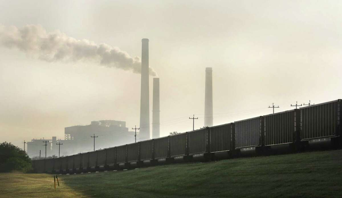 While CPS Energy saw a sizable reduction in carbon dioxide emissions between 2018 and 2019, the utility's coal plant remains a large CO2 polluter in Texas, according to the EIA, an arm of U.S. Energy Department.