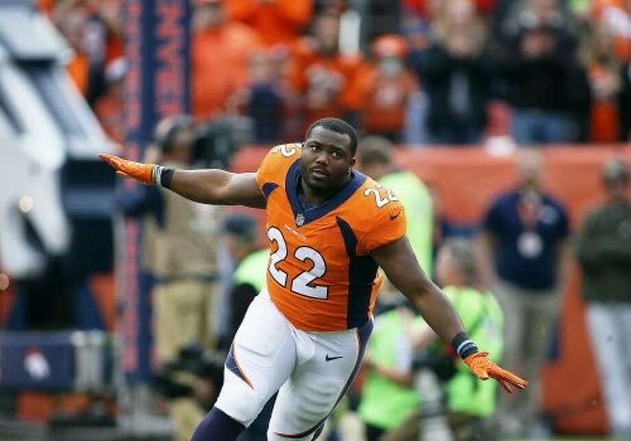 C.J. Anderson, 27, a Richmond native and former Broncos running back, signs with Oakland as a free agent. Photo: Icon Sportswire / Getty Images