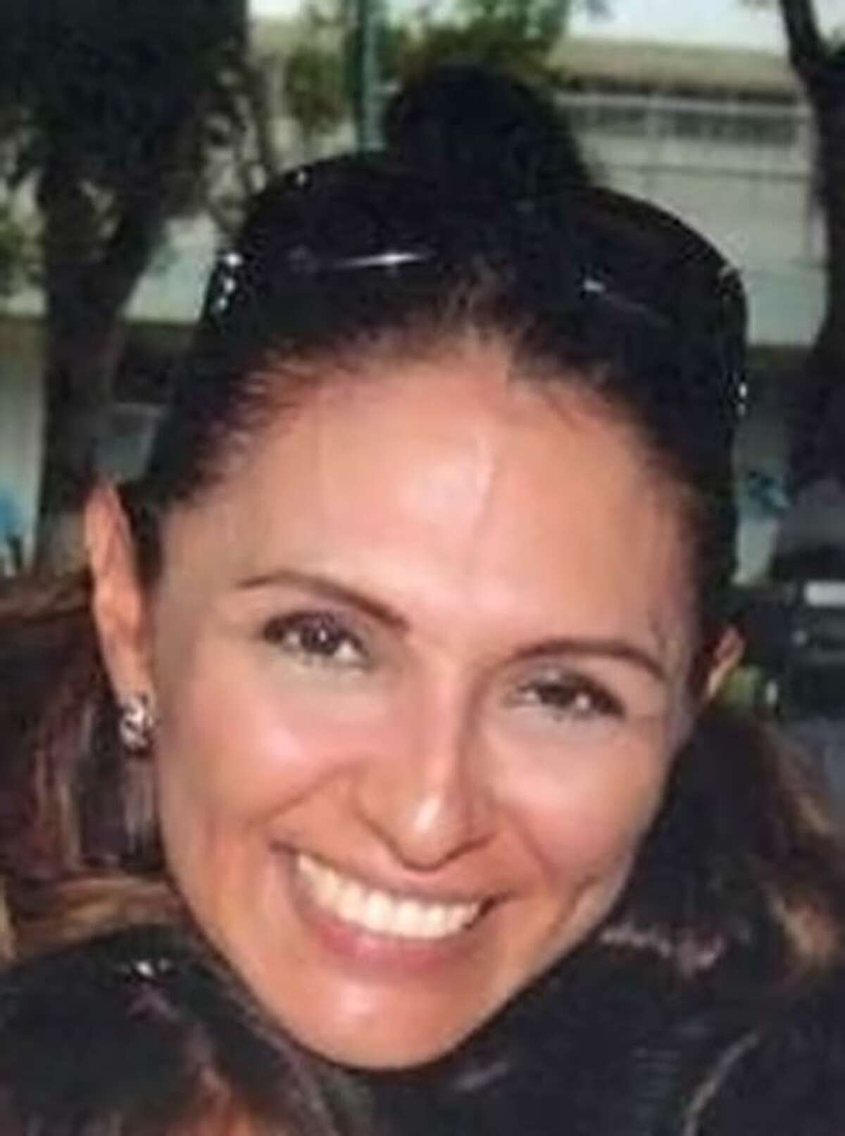 A federal appeals court has overturned a bank fraud conviction of a former Mexican official's wife, Silvia Beatriz Pérez Ceballos, whose case was the first and only one to go to trial in a string of money laundering investigations in south Texas.