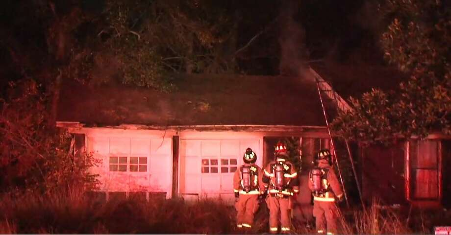 A house caught fire on Hammerly and Laverne on Wednesday, Dec. 5, 2018. Photo: Metro Video