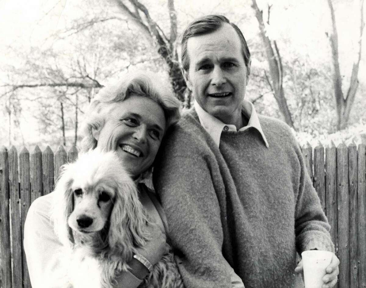 >>>Take a look at the Bushes and their beloved dogs. George and Barbara Bush and their dog, C. Fred Bush.