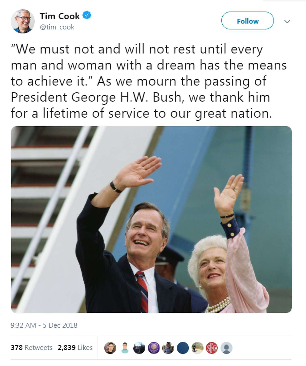 >>> See some of the social media reactions to Bush's funeral. @tim_cook