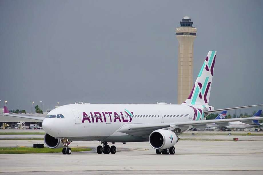 Air Italy's A330-200 will jet into SFO and LAX starting in April 2019. Pictured here in Miami Photo: Air Italy