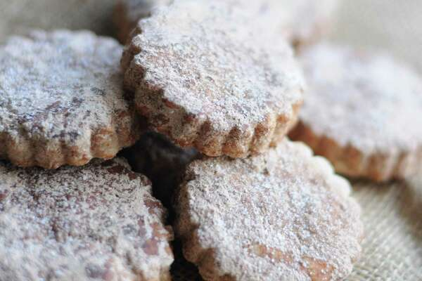 8 Christmas Cookies To Sweeten Your Holiday Table Expressnews Com