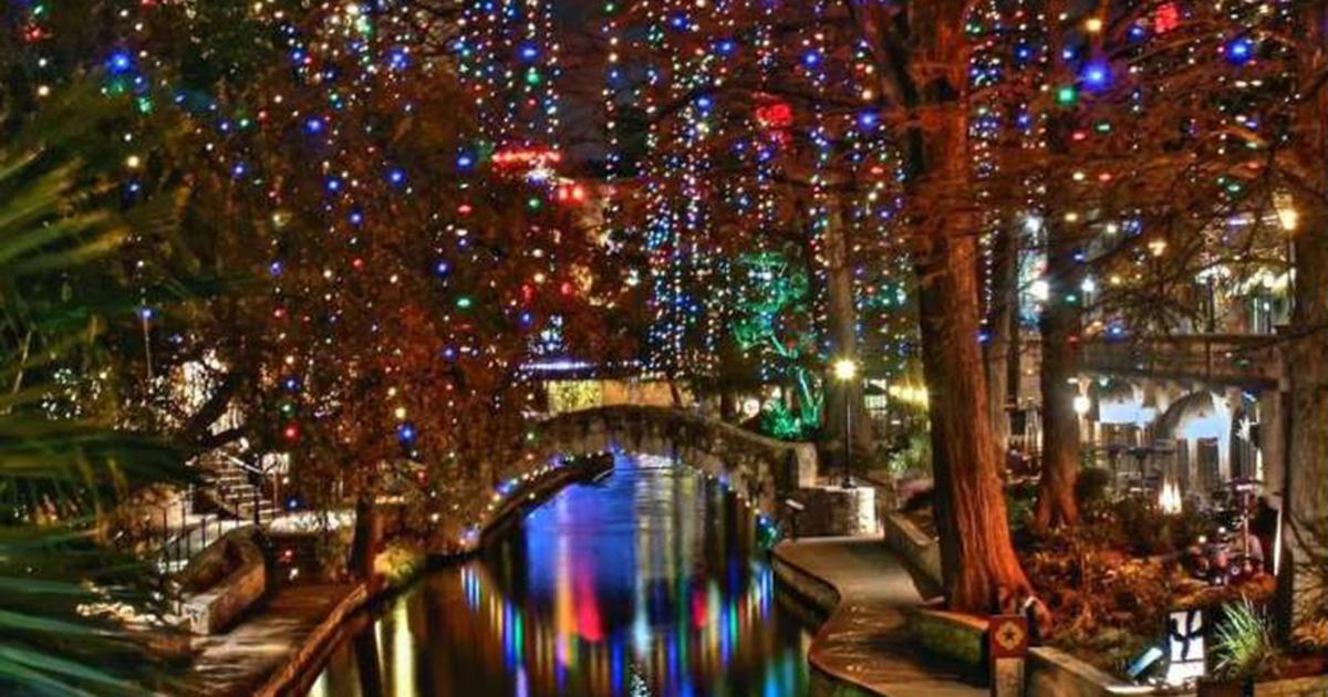 San Antonio Riverwalk Christmas.Visitors Sing San Antonio S Praises In Response To Viral