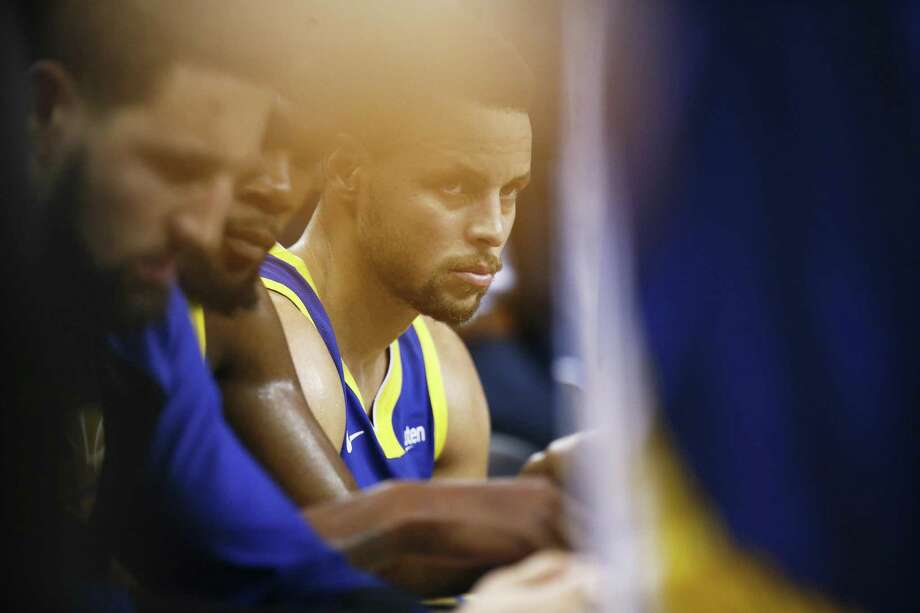 Golden State Warriors guard Stephen Curry (30) during a timeout in the first half of an NBA game between the Golden State Warriors and Minnesota Timberwolves at Oracle Arena on Friday, Nov. 2, 2018, in Oakland, Calif. Photo: Santiago Mejia / The Chronicle / ONLINE_YES