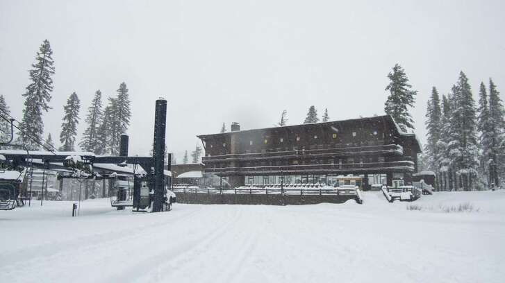 Nearly two feet of fresh snow accumulated at Sugar Bowl / Royal Gorge over the Thanksgiving holiday, allowing the resorts to open six days early on Sunday November 23, 2018.