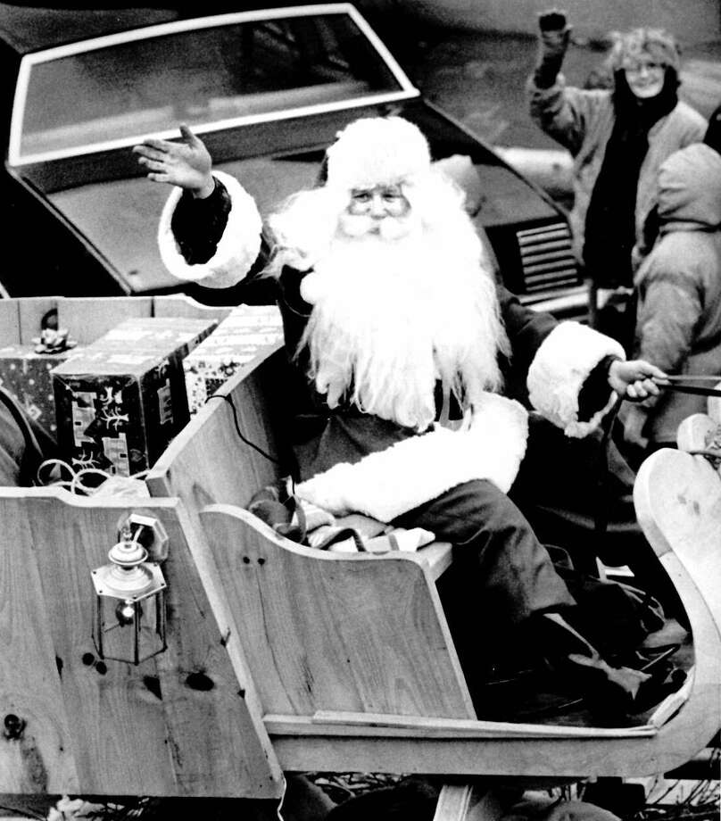 Santa Claus and his reindeer were on hand to wave to the crowd at the parade. (November 1992) Photo: Daily News File Photo