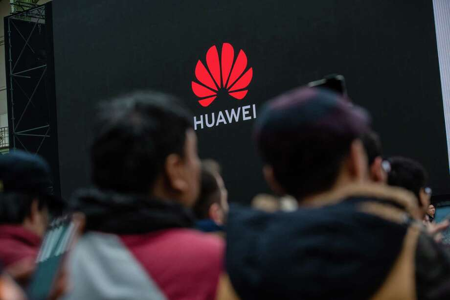 Huawei Technologies Co. signage. Photo: Bloomberg Photo By Marlene Awaad / Bloomberg