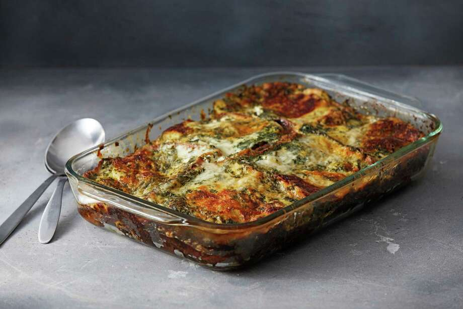 Sausage Kale and Squash Strata. Photo: Photo By Tom McCorkle For The Washington Post. / The Washington Post
