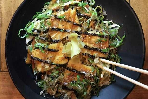 An order of tofu yakisoba at Kuriya.