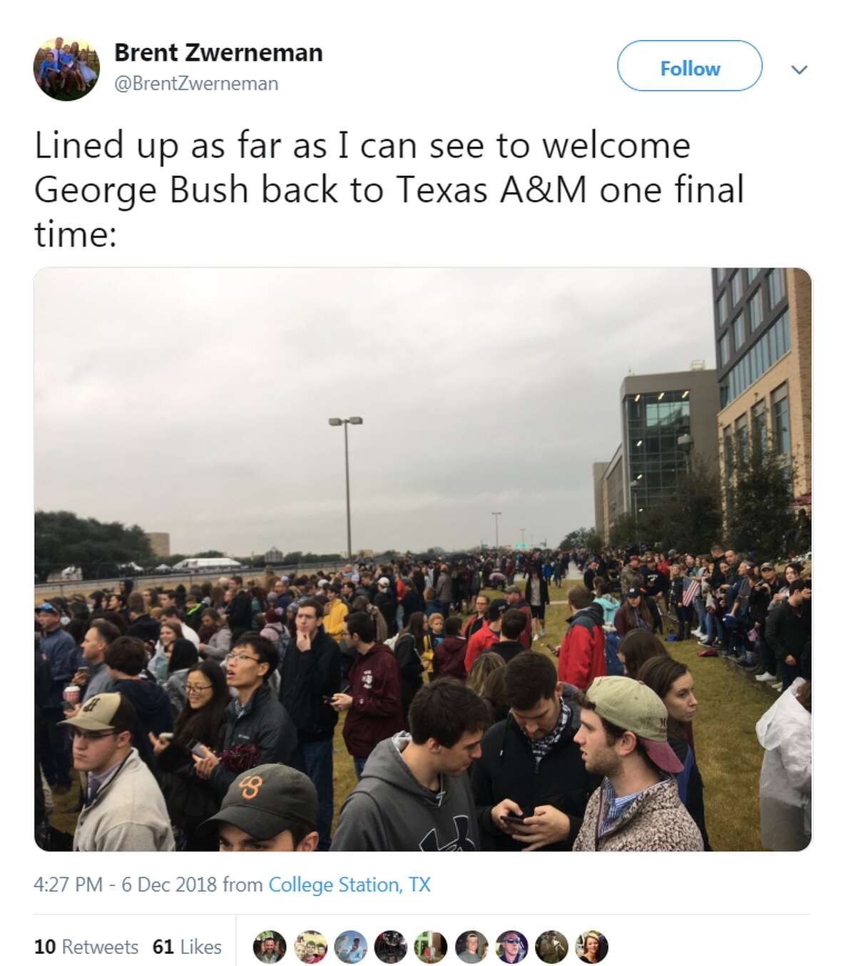 @BrentZwerneman Lined up as far as I can see to welcome George Bush back to Texas A&M one final time: